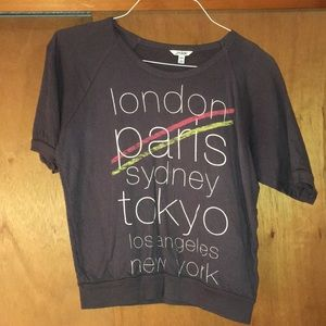 Chic short sleeve with major cities